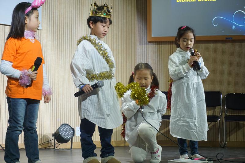 성탄예배 성극발표 2막.jpg