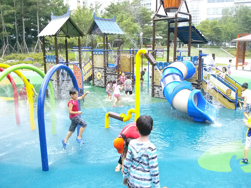매여울 물놀이 공원.jpg